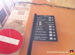 20-mallorca-sightseeing-sign-catedral-casa-menor