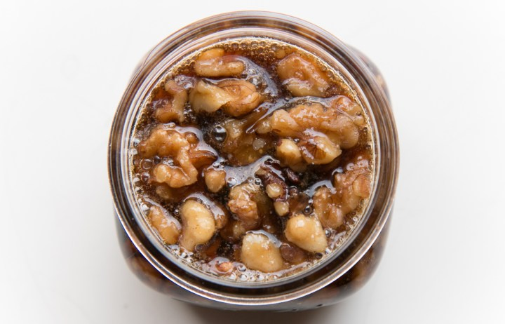 Homemade Syrup with Walnuts