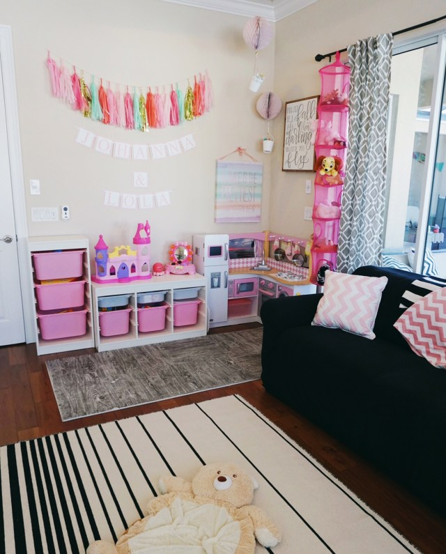 How to build the perfect playroom. Oh Happy Play, a Florida Motherhood blogger shares an in depth look at the playroom she built for her girls!