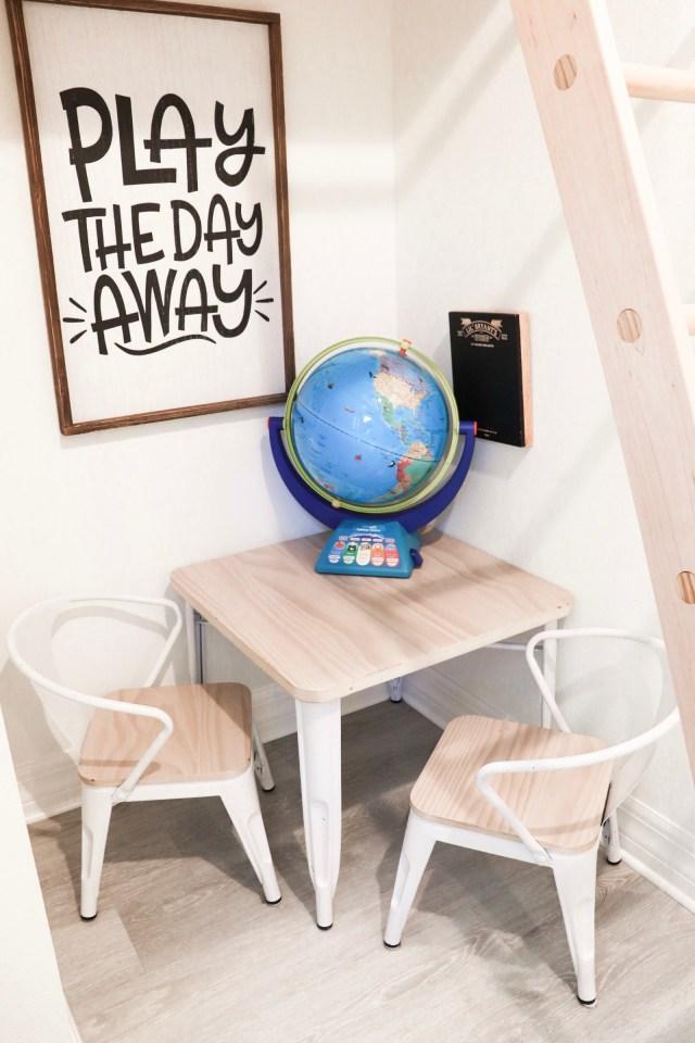 kids table, kids chairs, delta children, kids playhouse furniture
