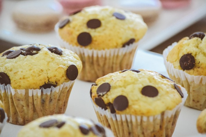 kid friendly activity ,bake, baking, muffins, food, summer fun, summer activity