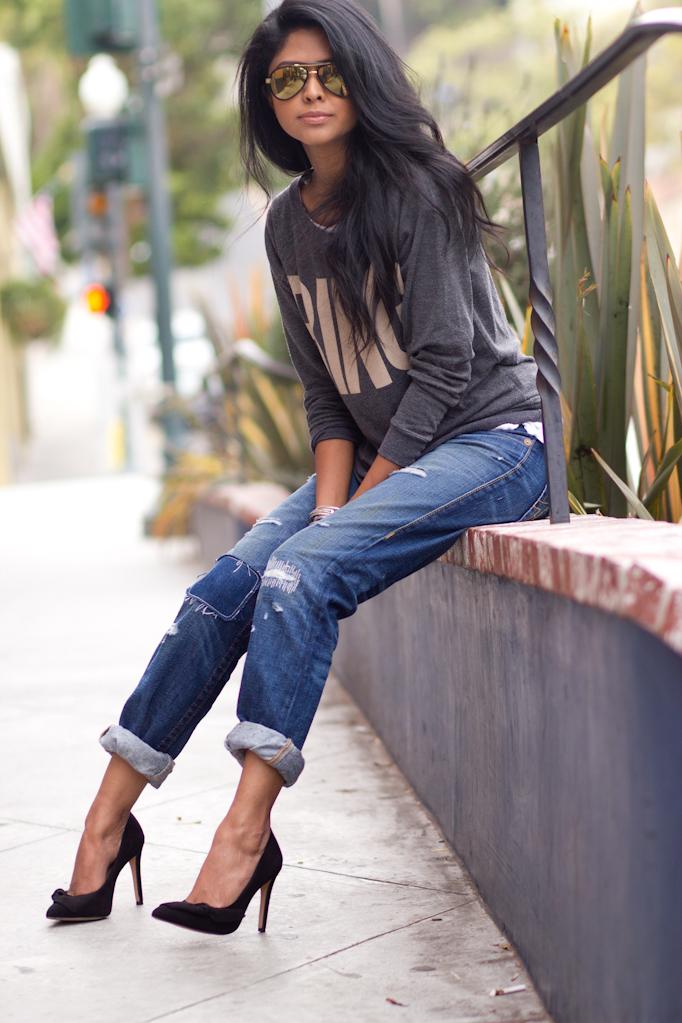 Look Stylish Wearing Boyfriend Jeans Outfit