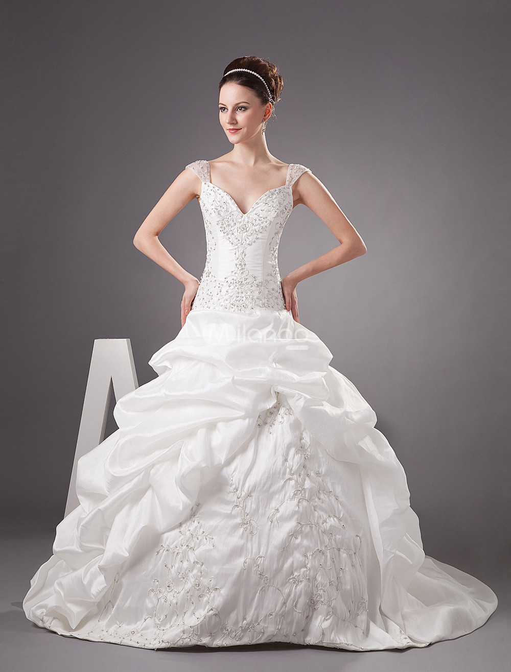 Cinderella Wedding Dresses are Favorite for all Ages  Ohh