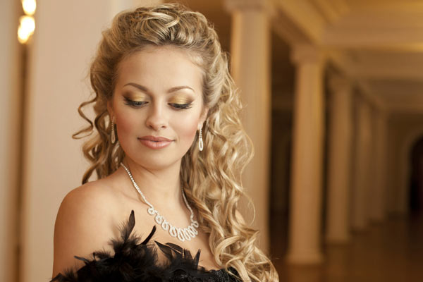 Half Up Curly Hairstyles For The Most Glamorous Appearance Ohh My My