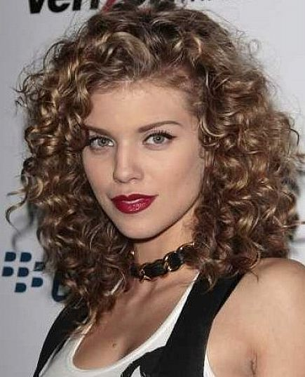 Endeavor Naturally Curly Hairstyles To Be Pretty And Charming