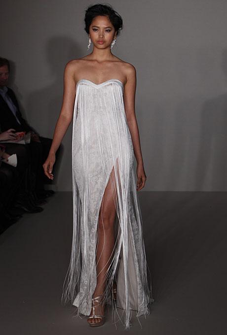 Elegant And Classy High Slit Dresses To Look Splendid