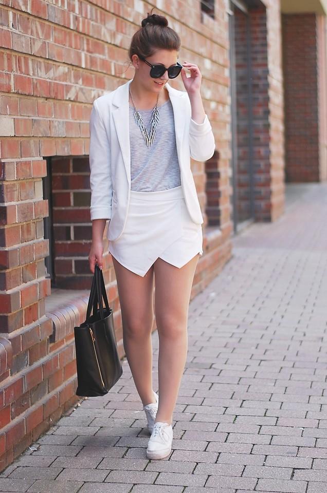Classic And Stylish Ways To Wear Skorts Ohh My My