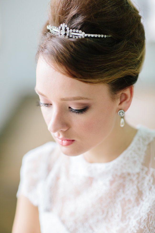 Stunning Retro Wedding Hairstyles For Classic Wedding