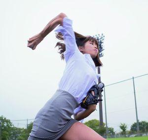 稲村亜美の筋肉