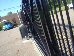 Commercial fence Aluminum