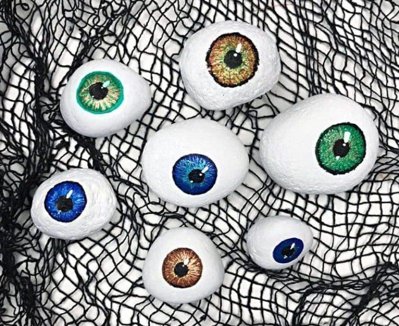 Halloween Painted Rock Eyeballs