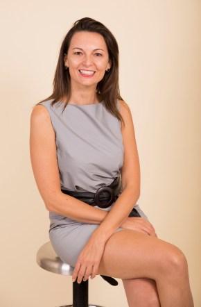 Stephanie Batailler_medium shot