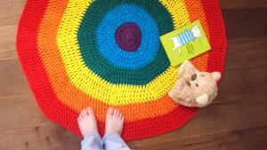 Rainbow Crochet Playmat FREE PATTERN – OhLaLana!