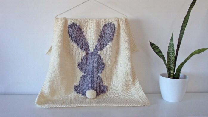 Bunny Blanket knitting pattern / Rabbit blanket knitting pattern using intarsia