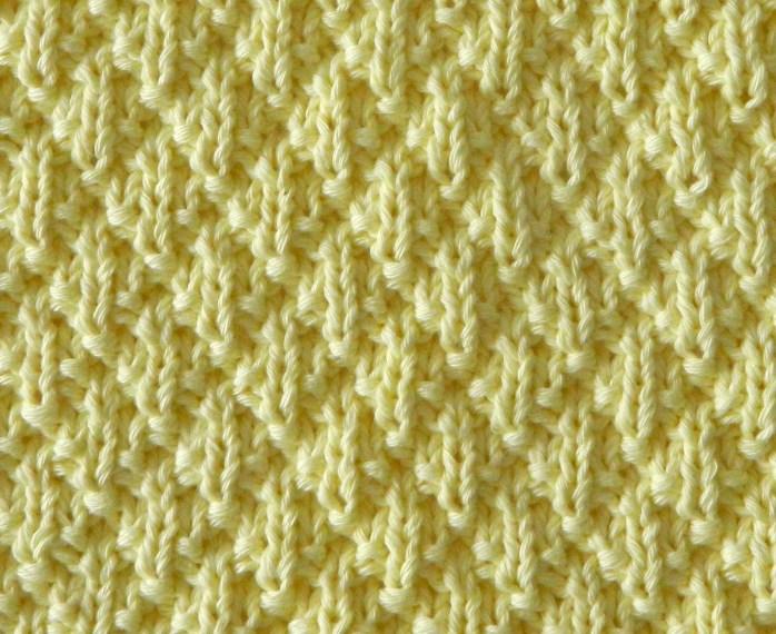 12 blocks for xmas diamond padding stitch