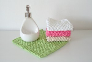 Seed stitch moss stitch dishcloth