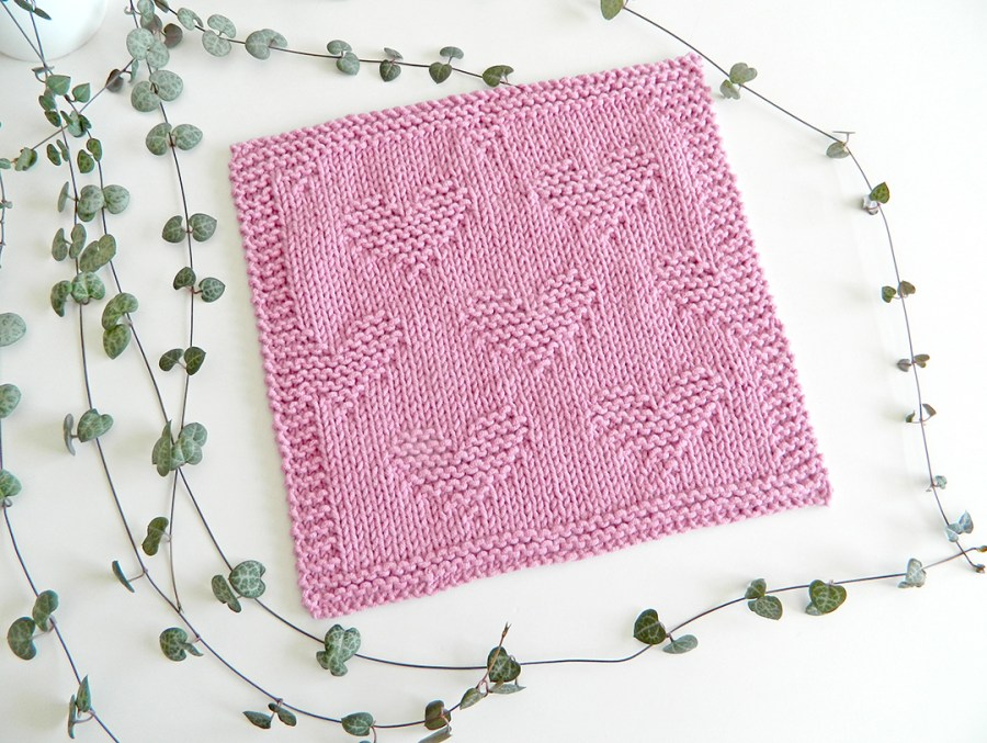 VALENTINES dishcloth, VALENTINES stitch knitting pattern 52 SQUARE PICKUP knitted blanket, VALENTINES knitting pattern, HEARTS knitting pattern, OhLaLana dishcloth free pattern