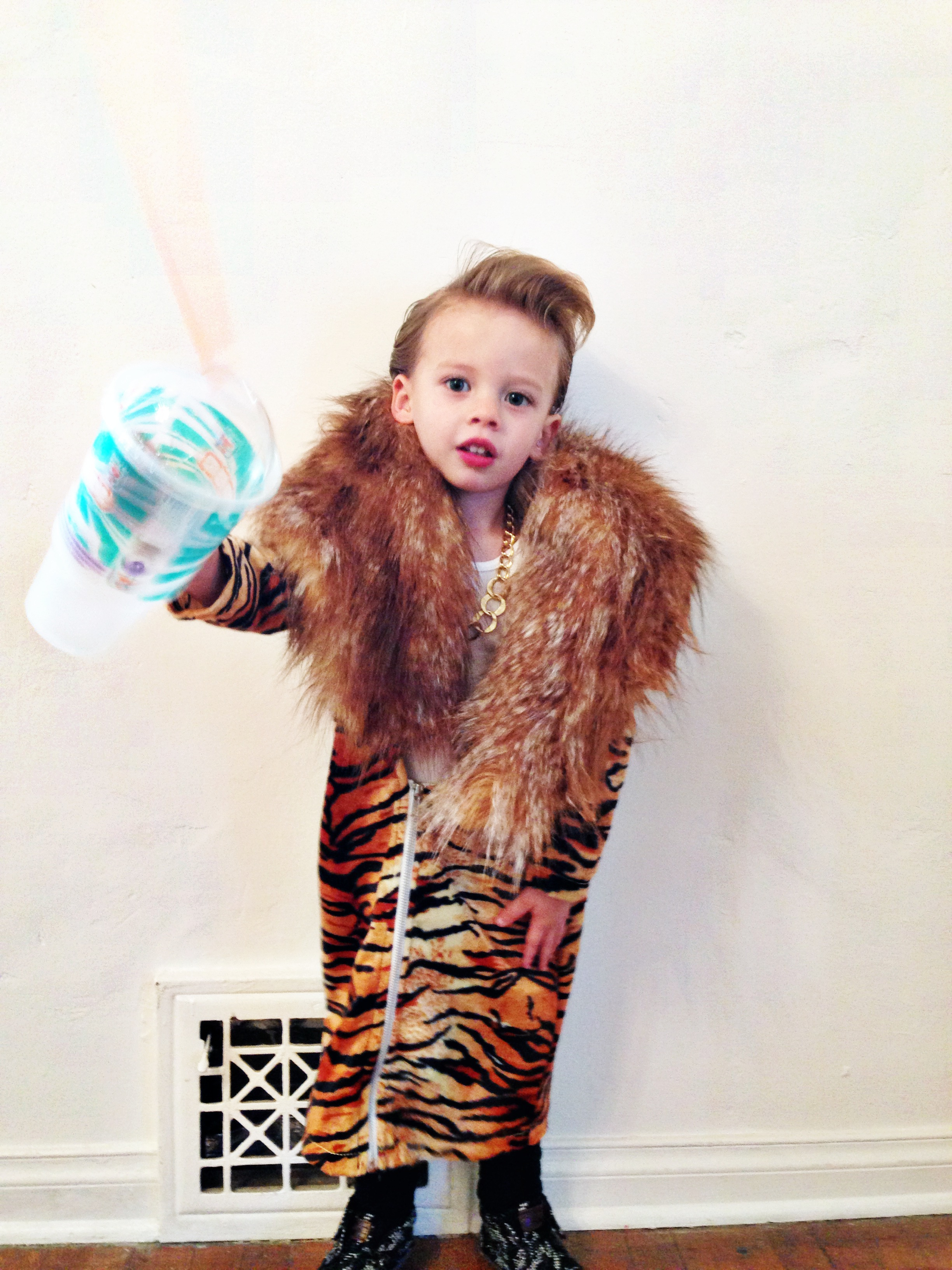 mini macklemore (a halloween wrap-up) - oh lovely day