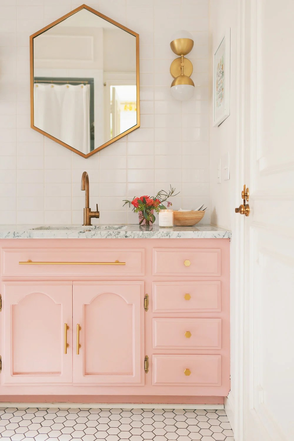 Beautiful Small Bathrooms Small Bathroom Ideas Diy Projects Ohmeohmy Blog