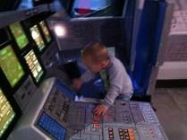 Velitelský pult a malý astronaut :-)
