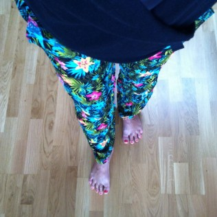 Lehké bavlněné kalhoty na léto