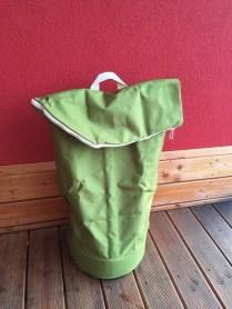 Vak na odpad, který se dá odnést jako batoh