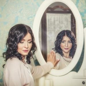 Femme miroir