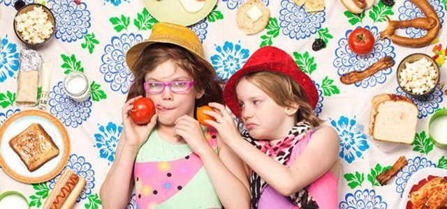 Les enfants sont entourés de junk food