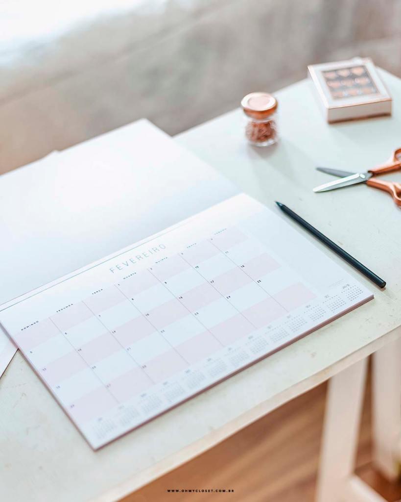 Planner mensal 2017: tem freebie minimalista nos printables do Oh My Closet!
