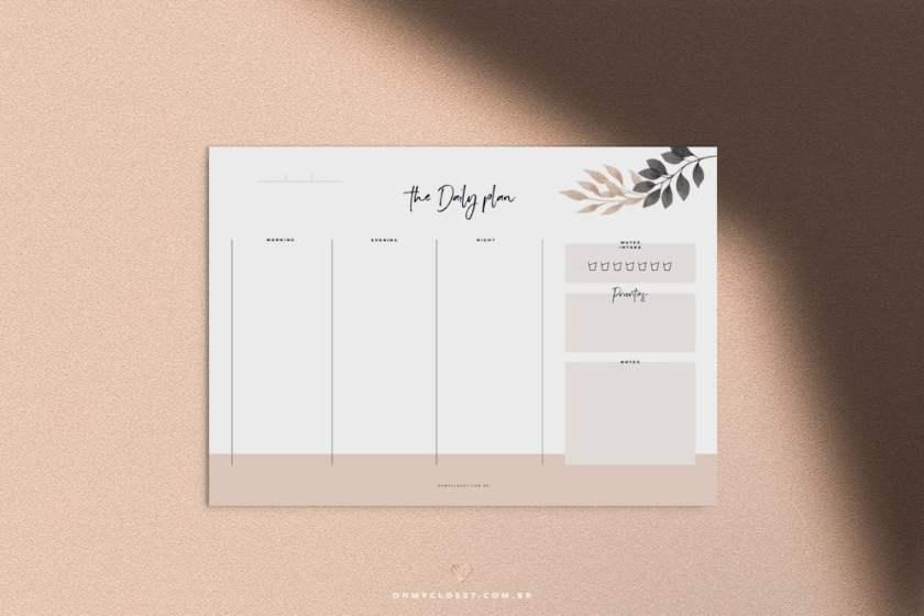 Planner diário do Oh My Closet, design minimalista grátis para imprimir.