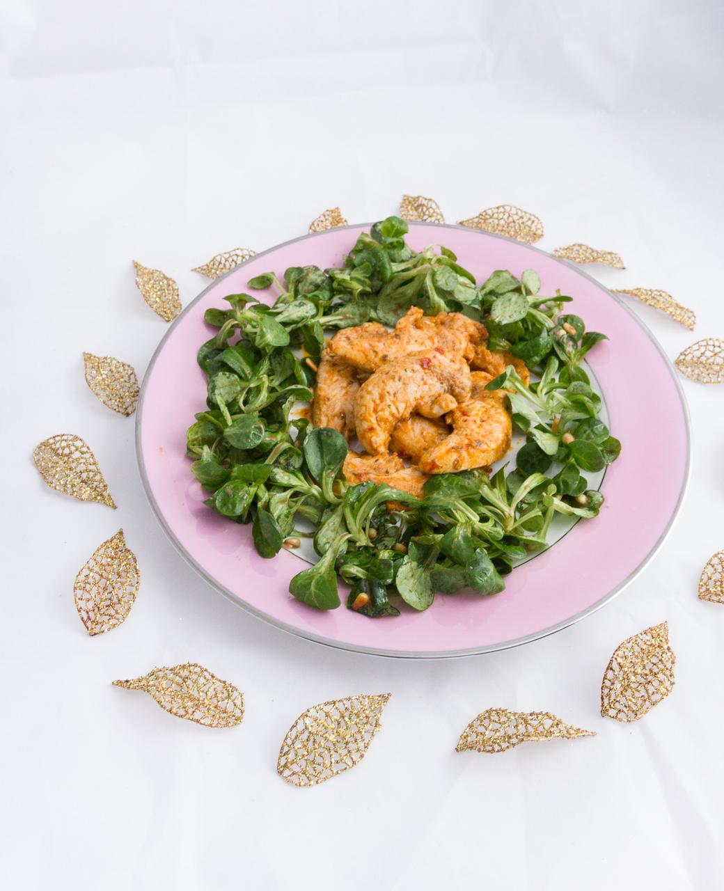 recette poulet mariné provençale salade mâche pignons de pin degustabox marinade
