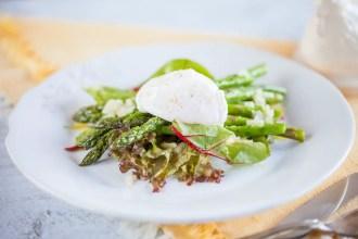 Poached egg asparagus salad