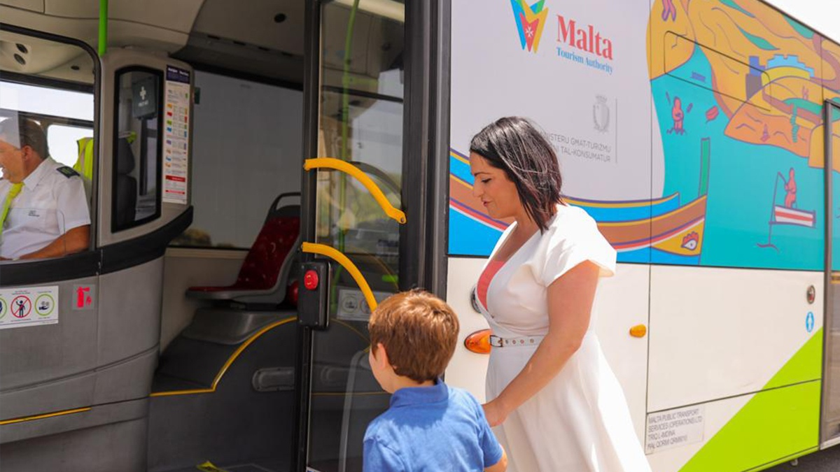 Read more about the article Free circular bus service launched to and from Wied iż-Żurrieq
