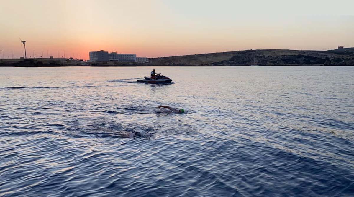 15km swim in aid of Malta's victory kitchen