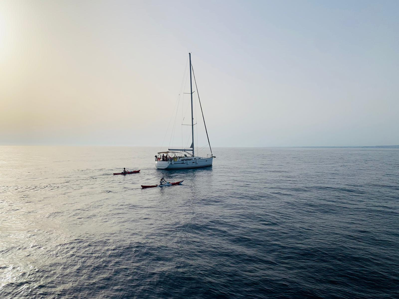 Read more about the article Local athletes kayak from Malta to Ragusa to raise awareness about obesity