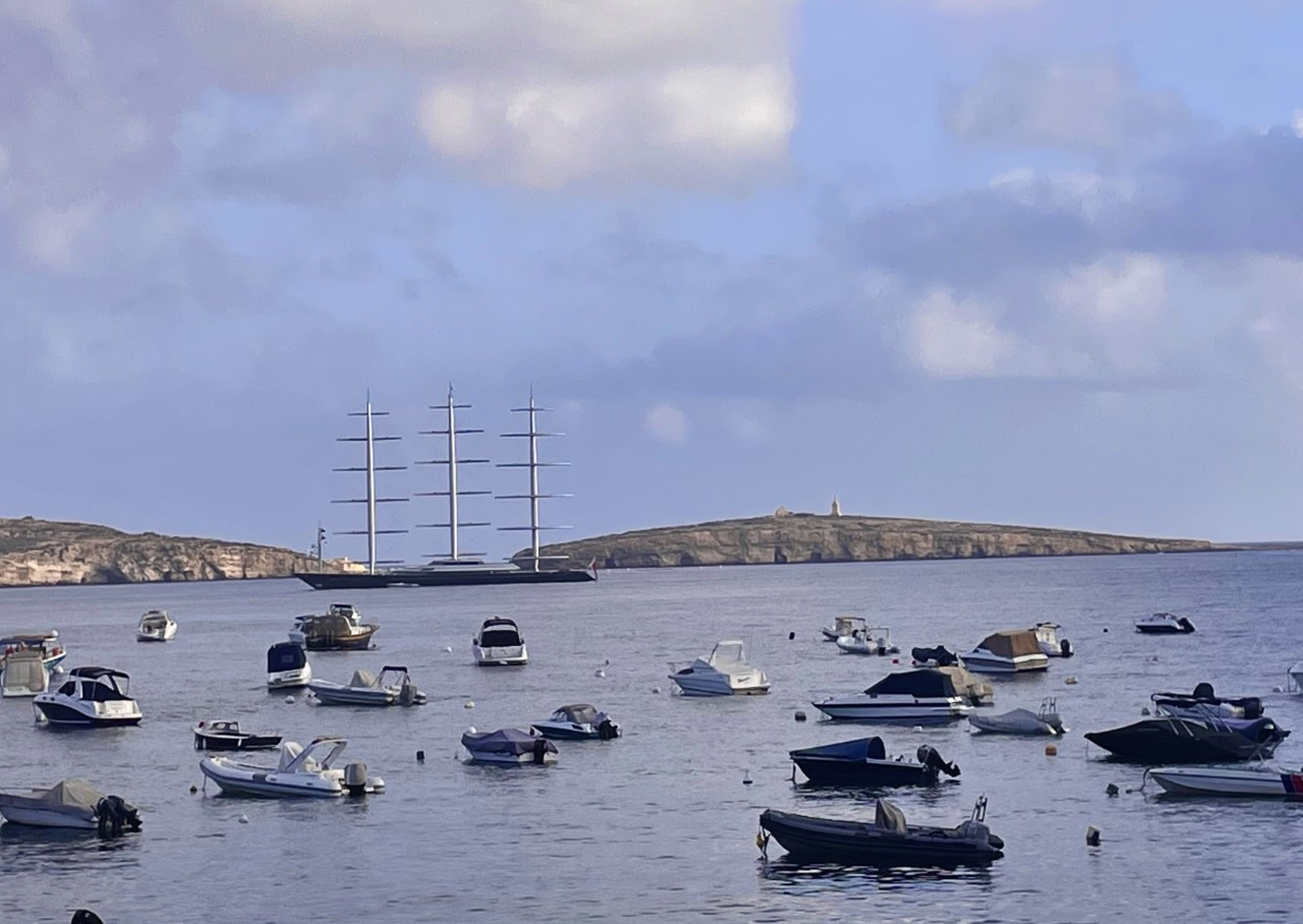 Read more about the article 88m superyacht Maltese Falcon spotted in St.Paul's Bay