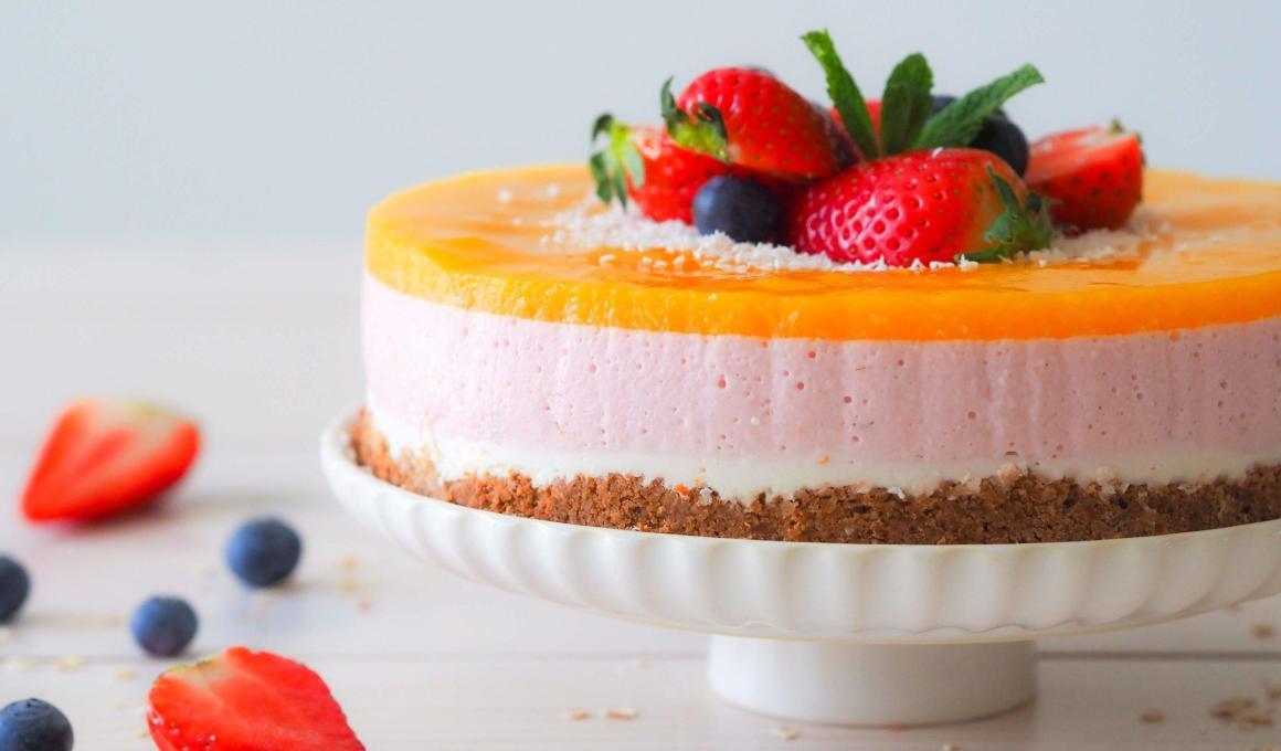 Glutenvrije yoghurttaart met vers fruit