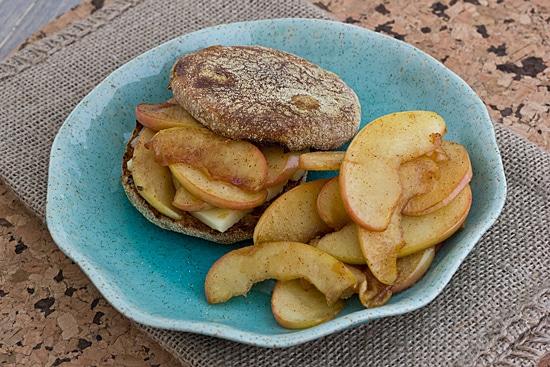 Sauteed Apple Sandwich