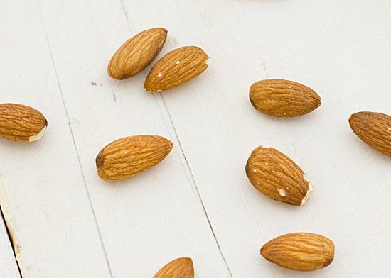 Green Beans with Lemon-Almond Pesto Recipe