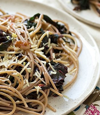 Spaghetti with Mustard Greens & Lemon