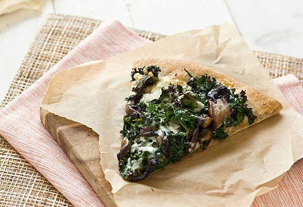 Portobello Pizza with Roasted Garlic Sauce & Kale