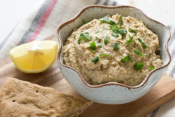 Roasted Cauliflower Hummus Recipe