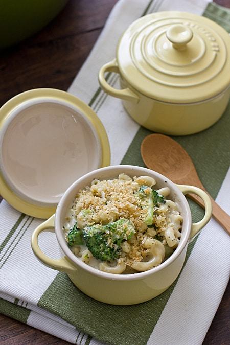Stovetop Pesto Mac with Broccoli