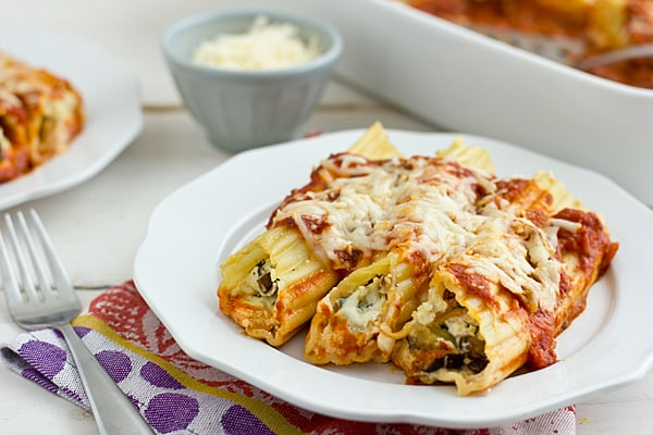 Make-Ahead Cheese & Roasted Vegetable Baked Manicotti Recipe