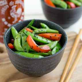 Sriracha Snap Peas with Red Pepper Recipe