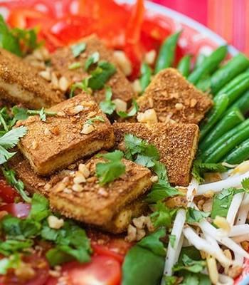 Stir-Fried Tofu and Walnut Crumb Salad