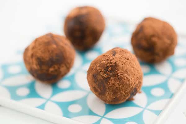 Raw Chocolate Coconut Truffles