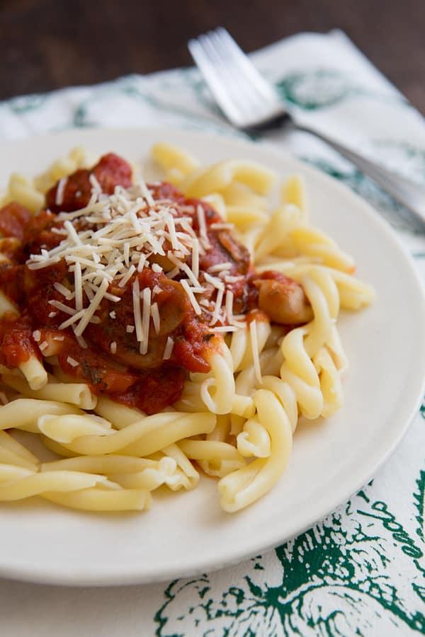 Meaty Mushroom Marinara Sauce