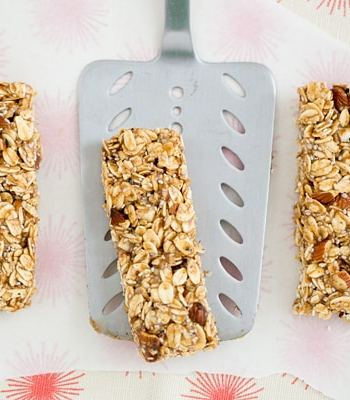 Salted Caramel Granola Bar Recipe