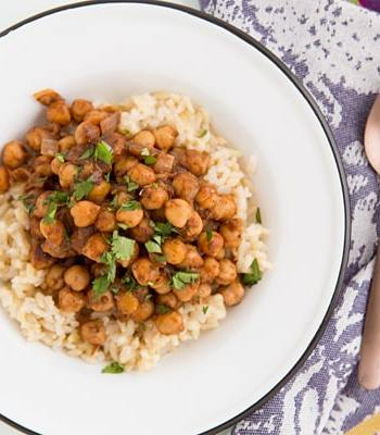Spicy Indian Chickpeas with Brown Rice